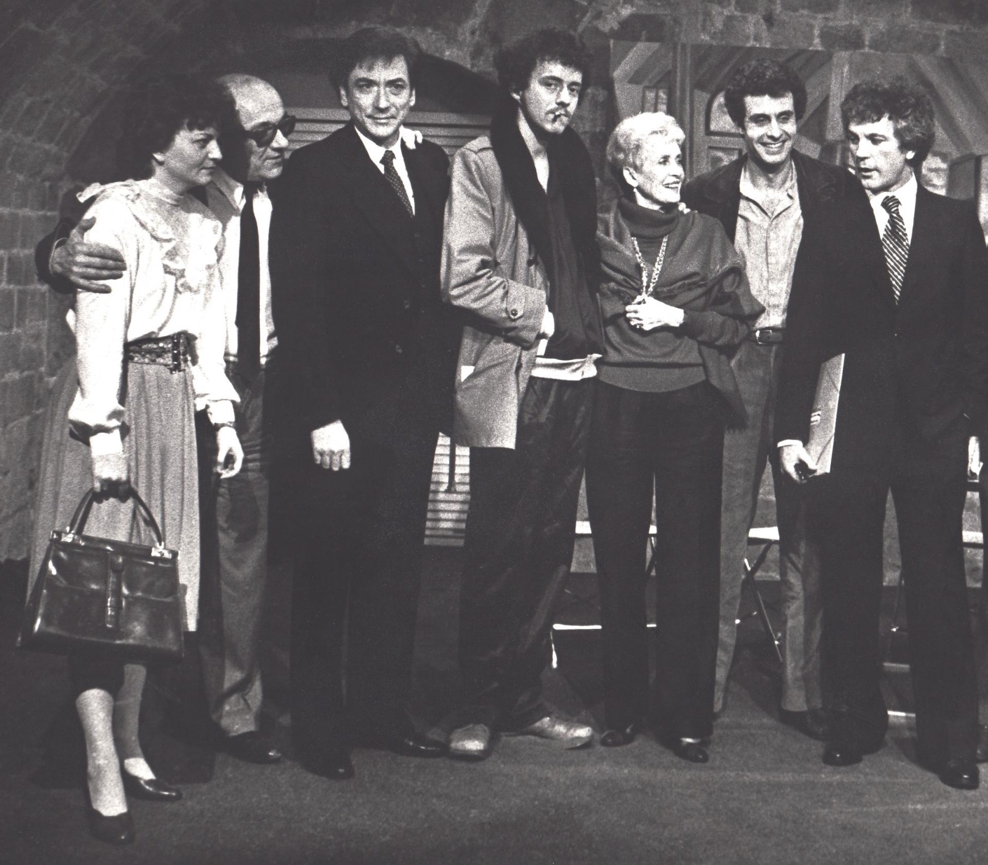 Donnez moi signe de vie la troupe janv 1983